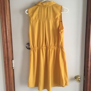 BeBop Dresses - Bebop Sleeveless Button Up Dress in Mustard